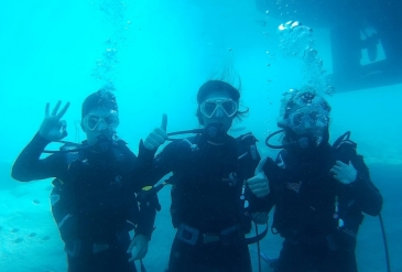 AGU, STudents, International, trip, diving, seaside