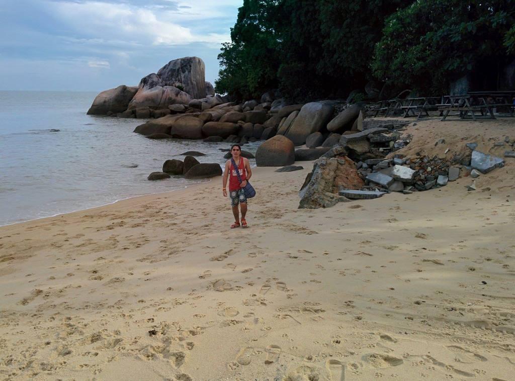 Luka, Abdullah Gül University, student, Bali, Singapore, Cambodia