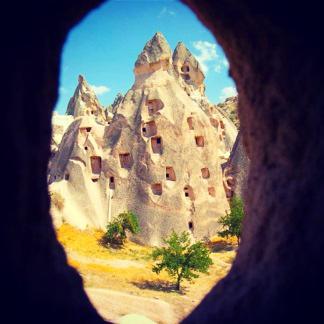 cappadocia_grotto